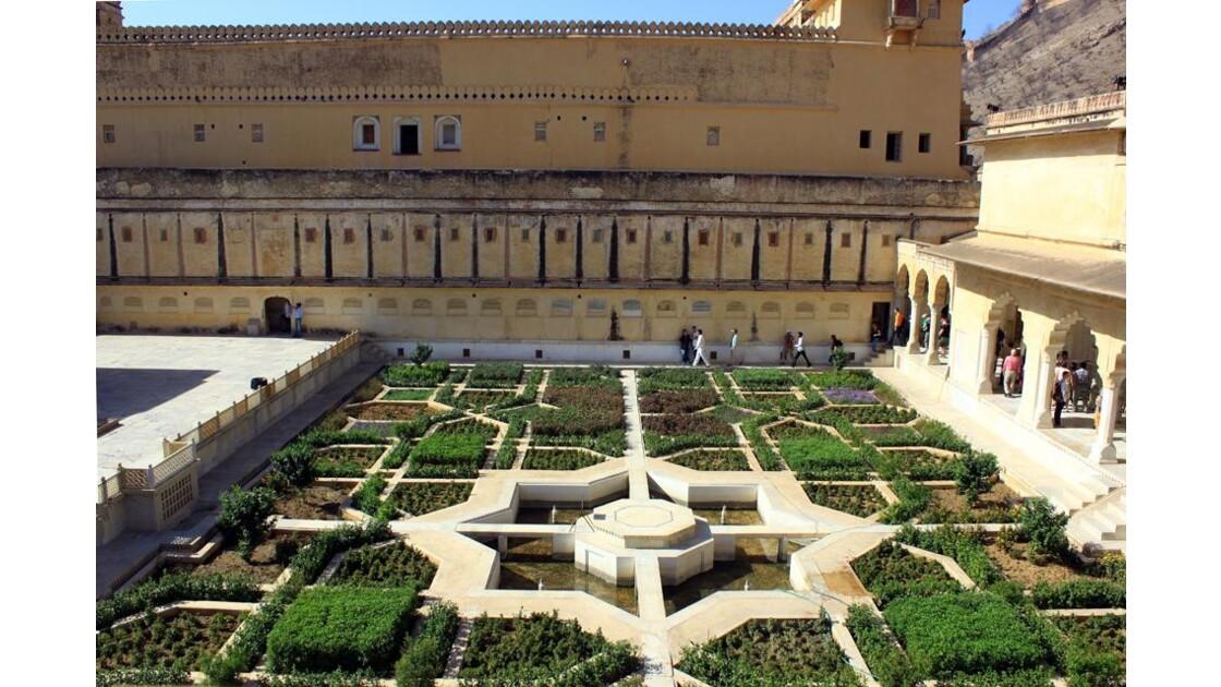 Vue sur les jardins andalous