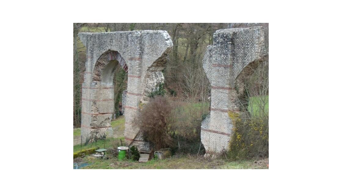 Mornant aqueduc romain 26