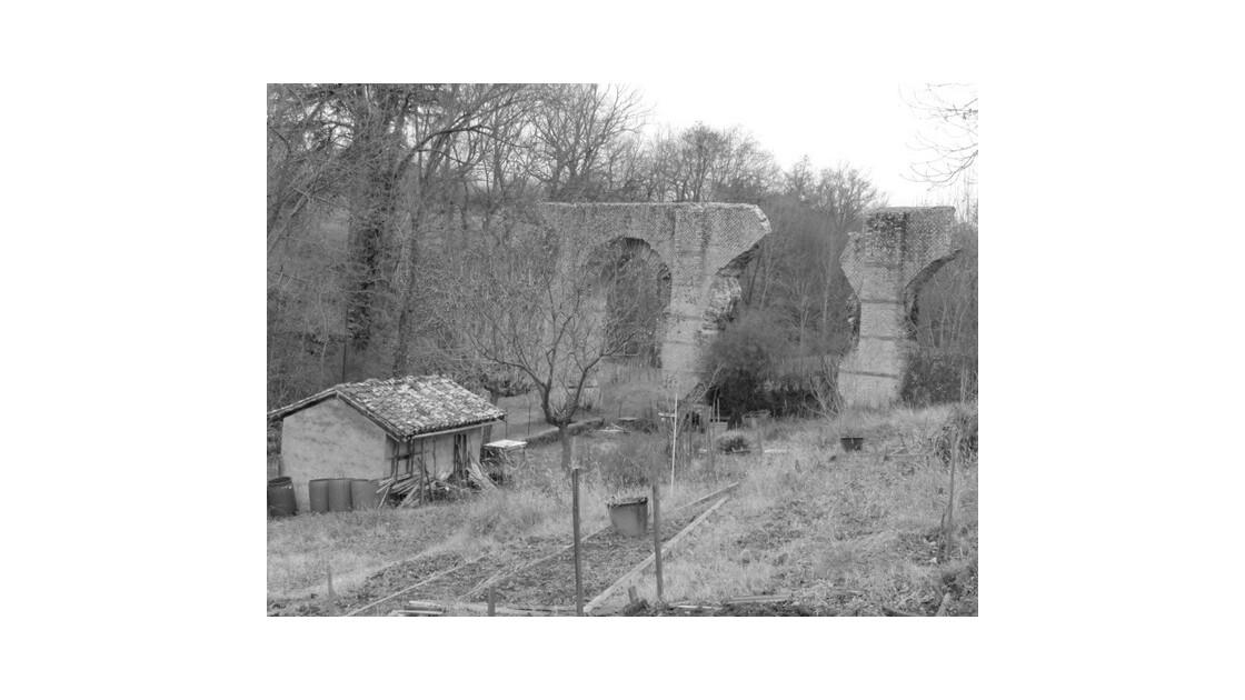 Mornant aqueduc romain 28