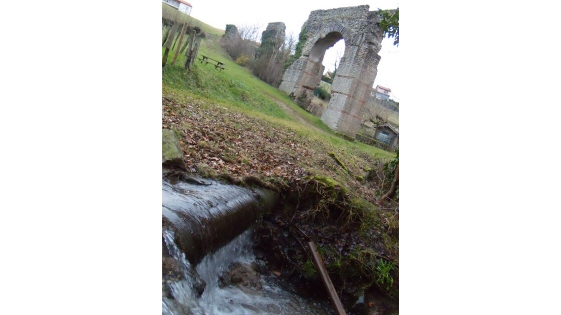 Mornant aqueduc romain 32