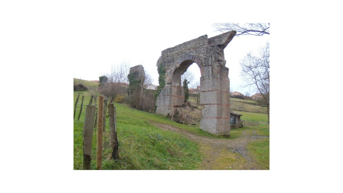 Mornant aqueduc romain 35