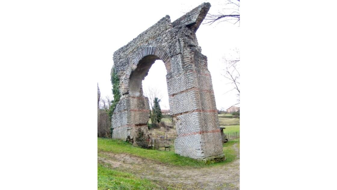 Mornant aqueduc romain 36