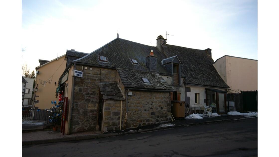 Maison du village