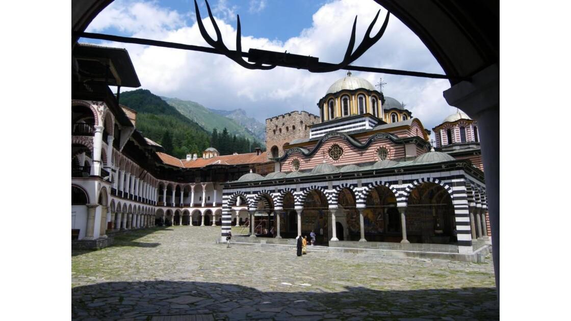 Monastere_de_Rila_Bulgarie.JPG