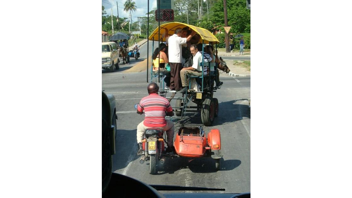 Taxi a cheval a Cuba