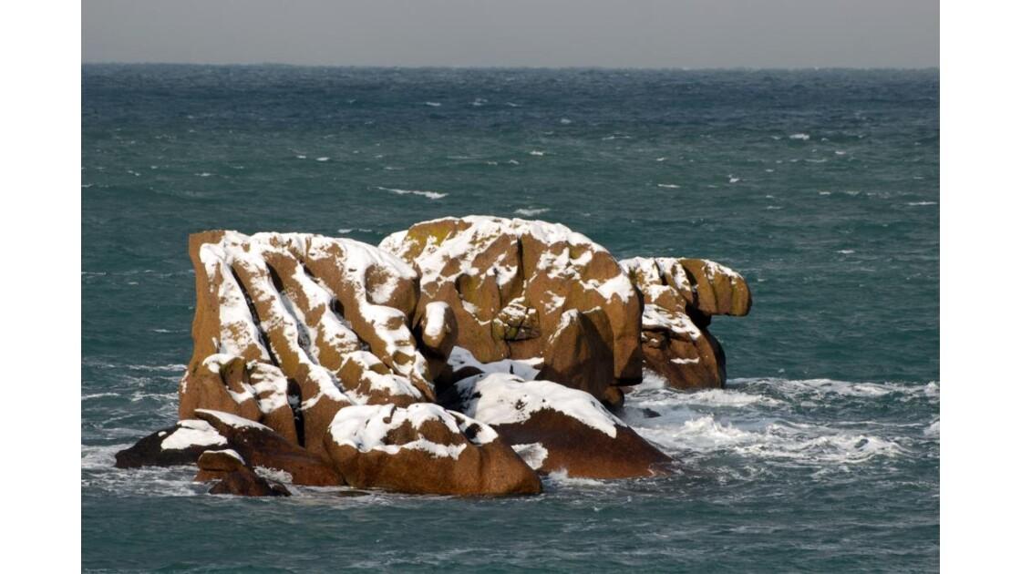 Rochers sous la neige 2