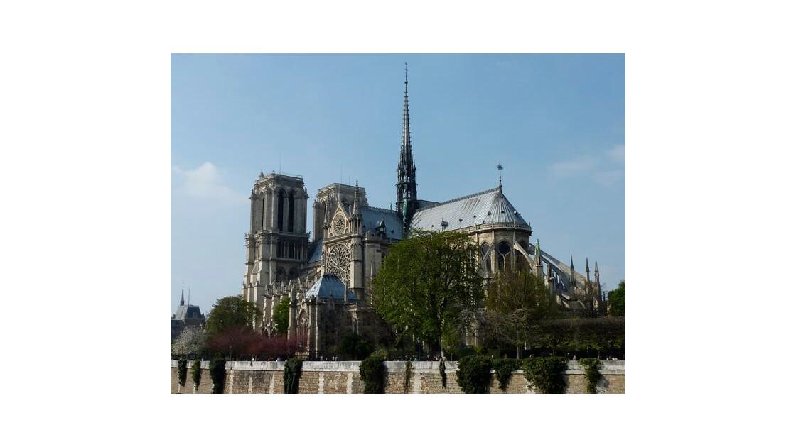 Notre_Dame_depuis_le_pont_de_l_Archev_c