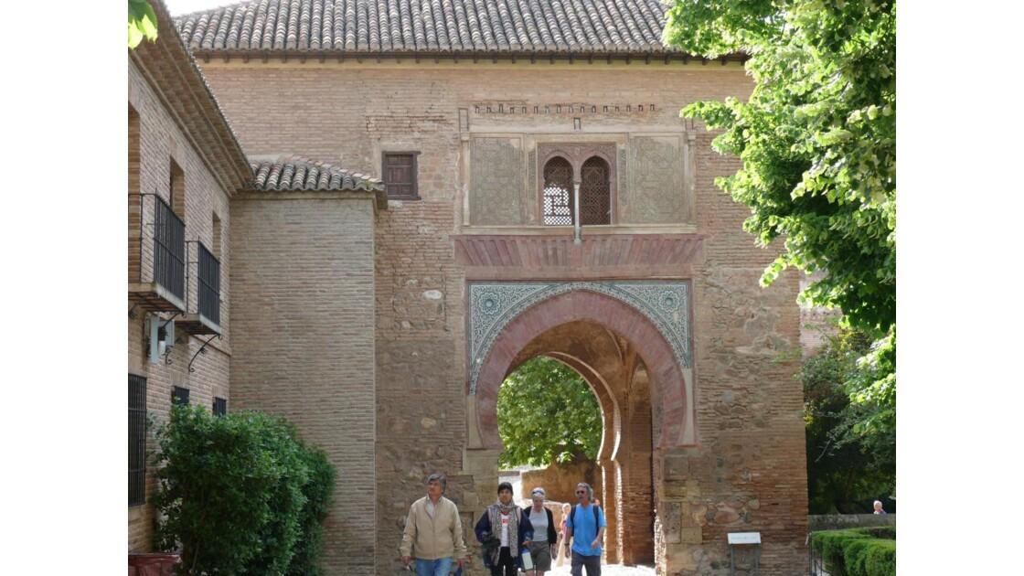 en descendant de l'Alcazaba