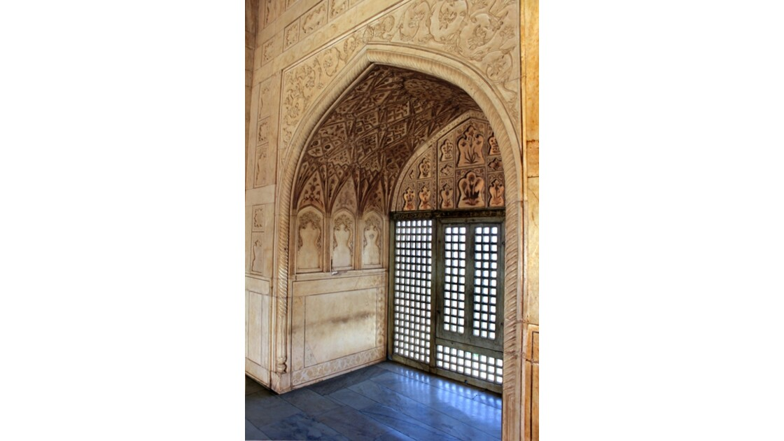 Sheesh Mahal -3