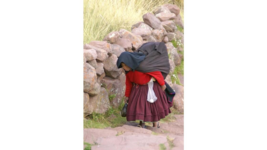 Titicaca Femme à Taquile