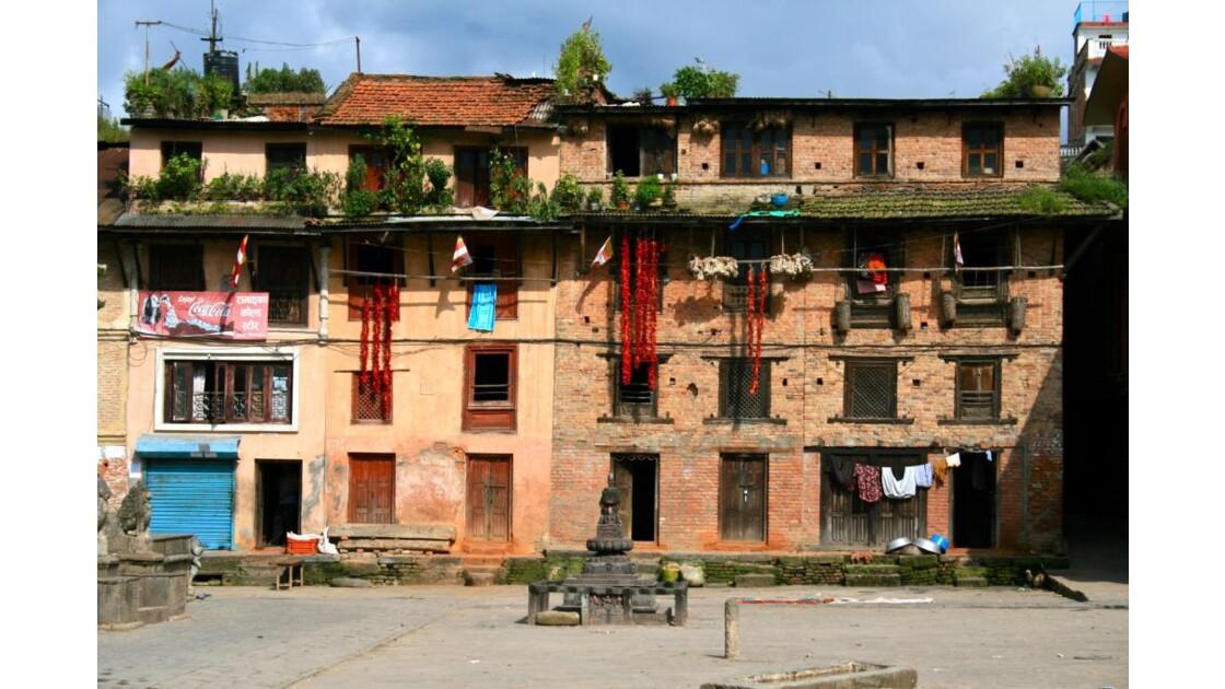 Bungamati: maisons de la place centrale