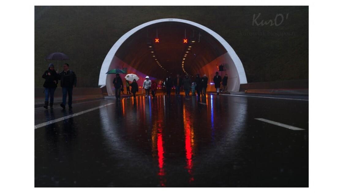 Tunnel autoroutier