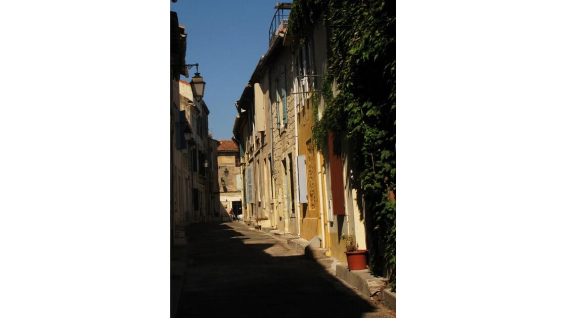 098 - Arles