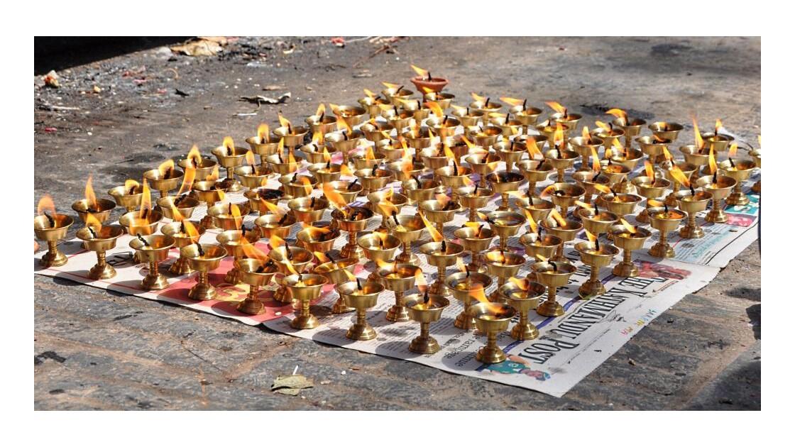 Bougies Népal