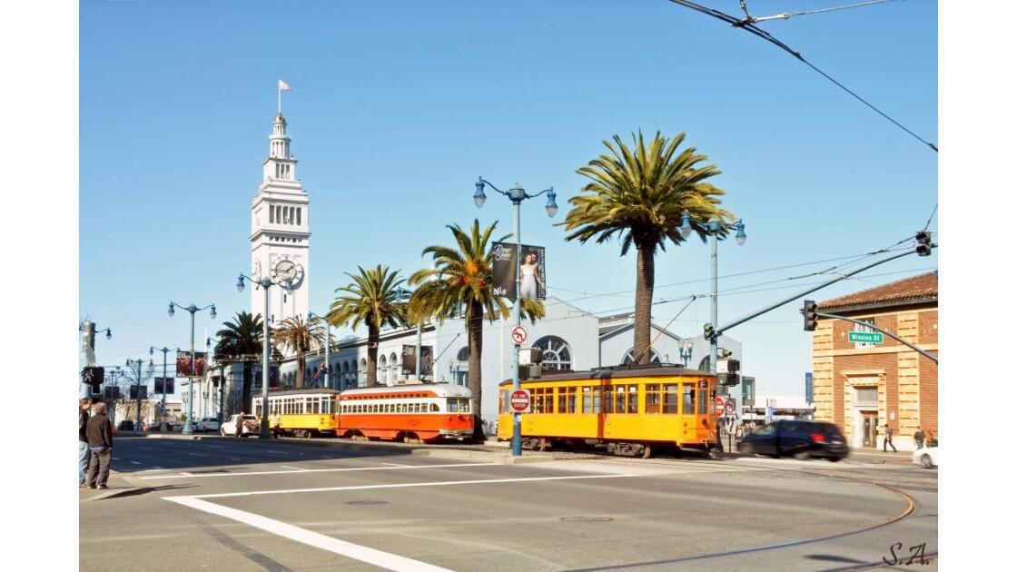 Tramways devant le Ferry Building