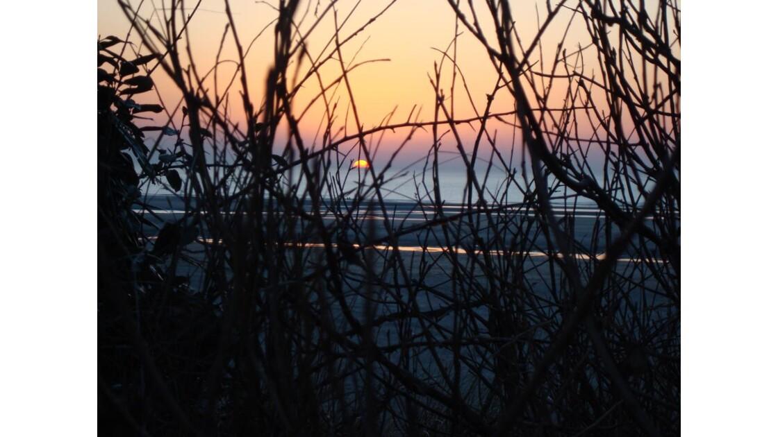 soleil couchant sur la côte d'Opale