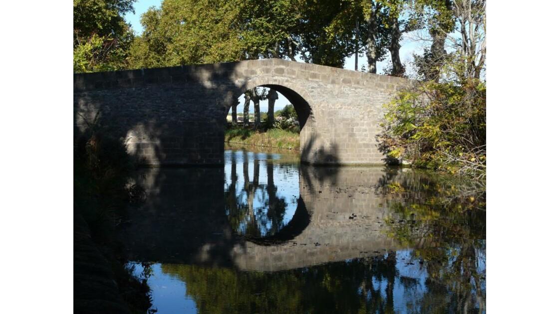 Pont sur la canal à Portiragnes