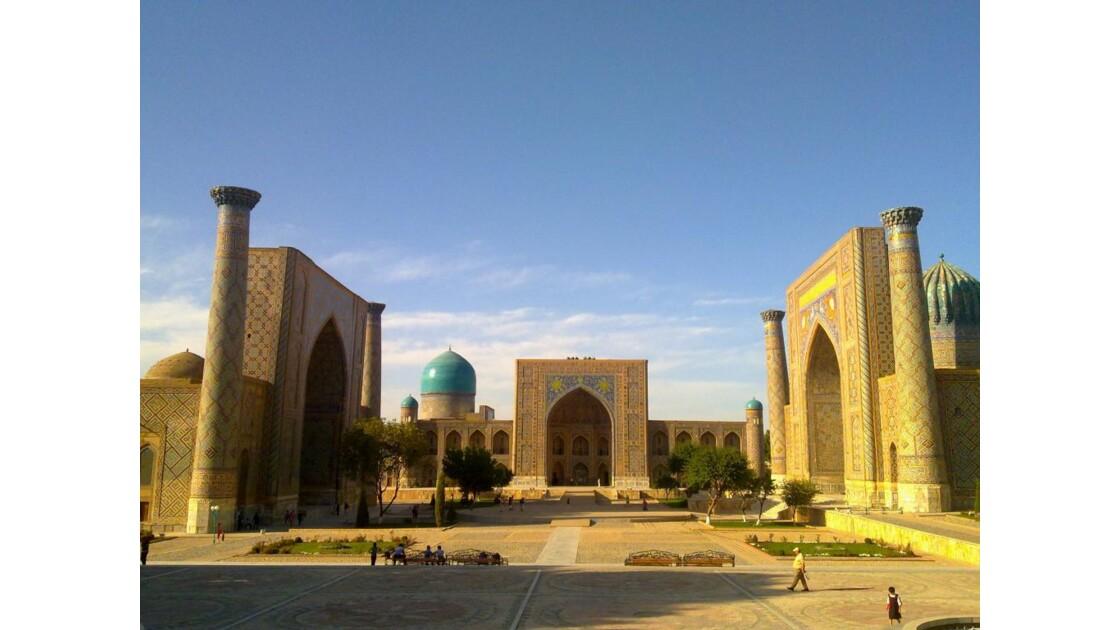 place du Registan à Samarcande