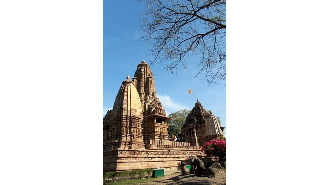 l'un des grands temples Khajuraho