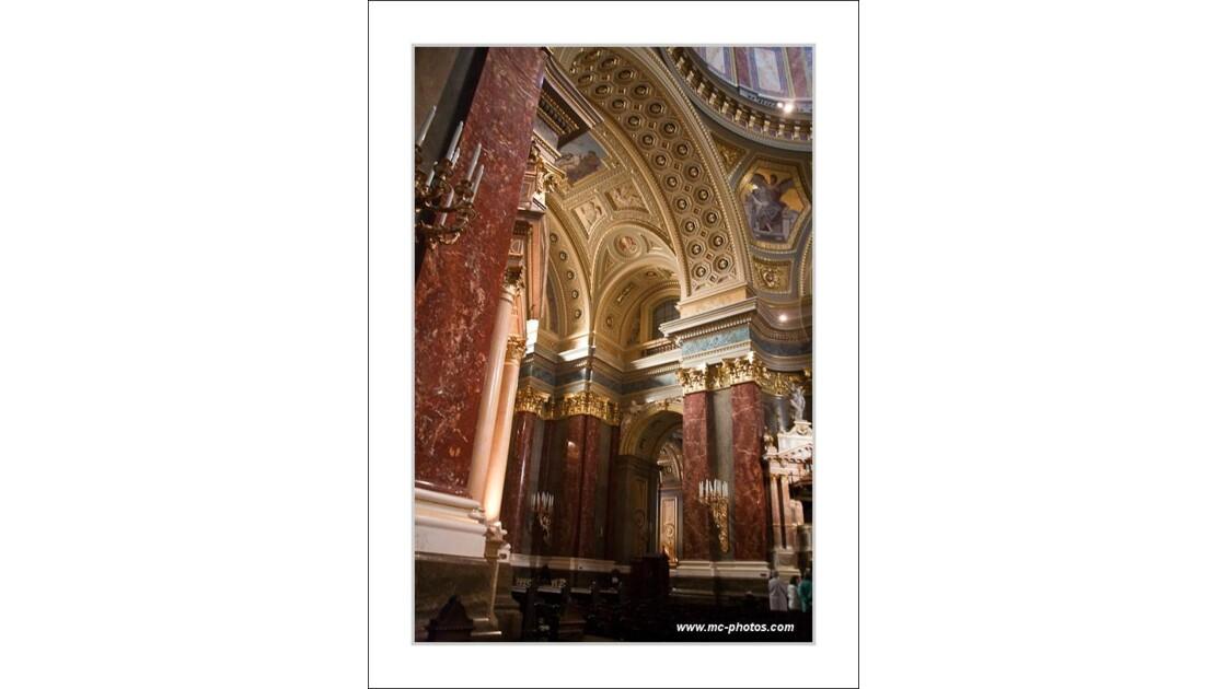 interieur Basilique Saint Etienne