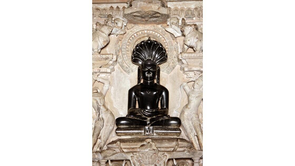 idole de Parshvanatha