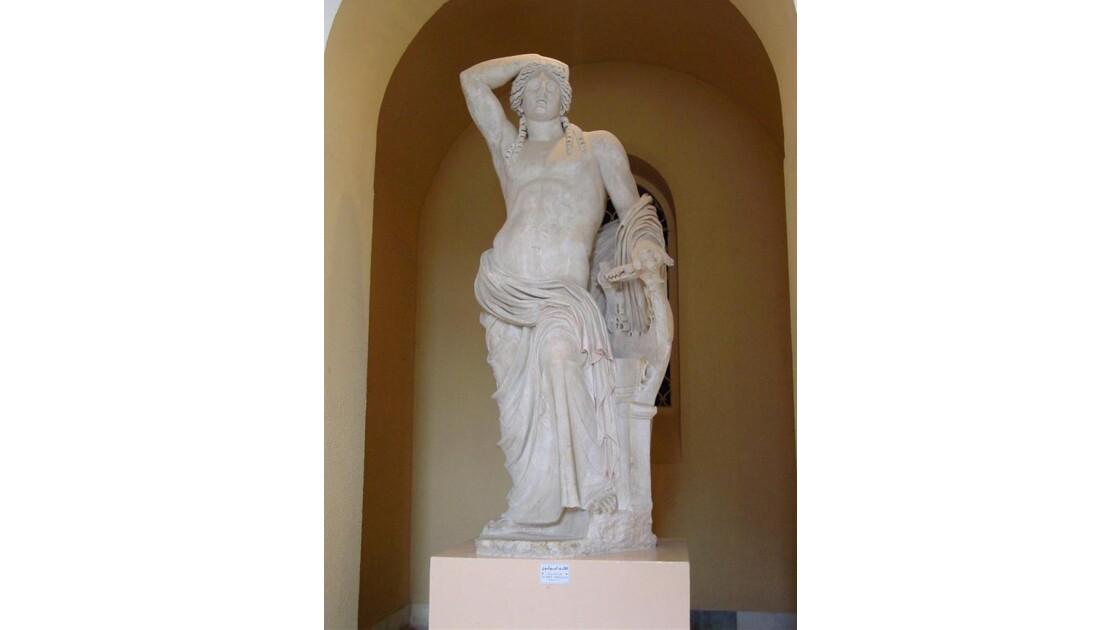 Statue d'Apollon au musée du Bardo