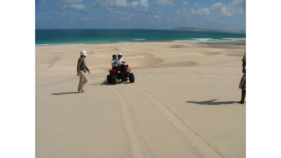 ballade en quad dans les dunes