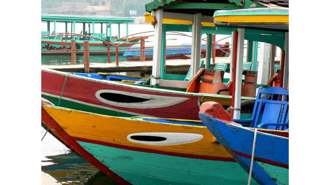 Bateaux colorés - Hoi An - Viêt Nam