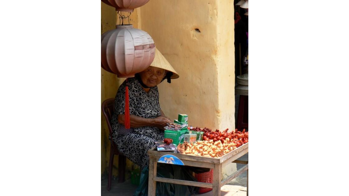 Vieille femme - Hoi An - Viêt Nam