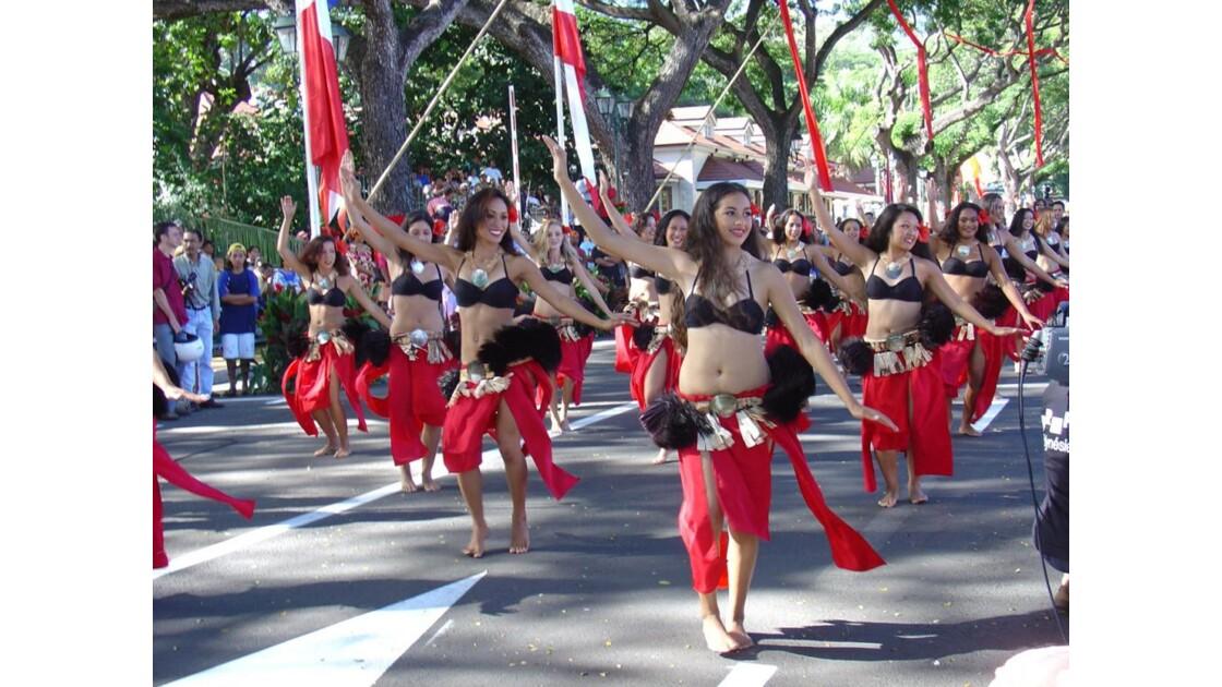 Défilé de l'Autonomie à Papeete