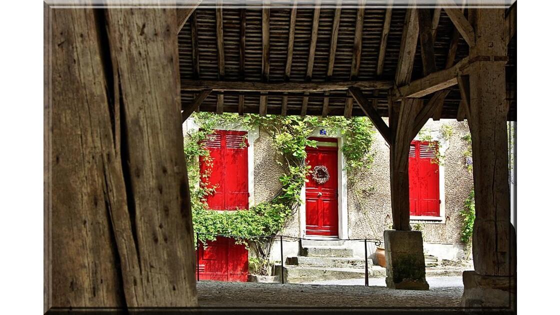 Volets et portes rouges !!