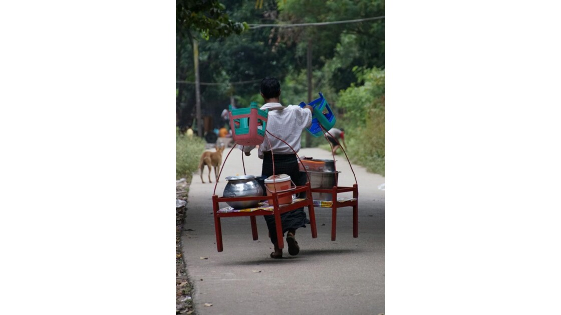 Yangon_Porteur.jpg