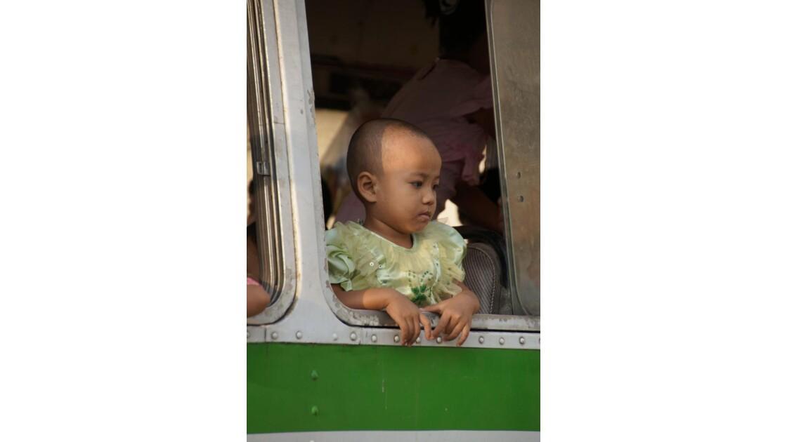 Yangon_Portrait_bus.jpg
