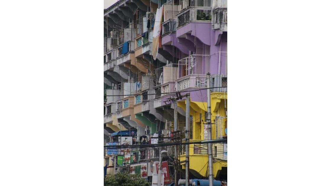 Yangon_facades.jpg