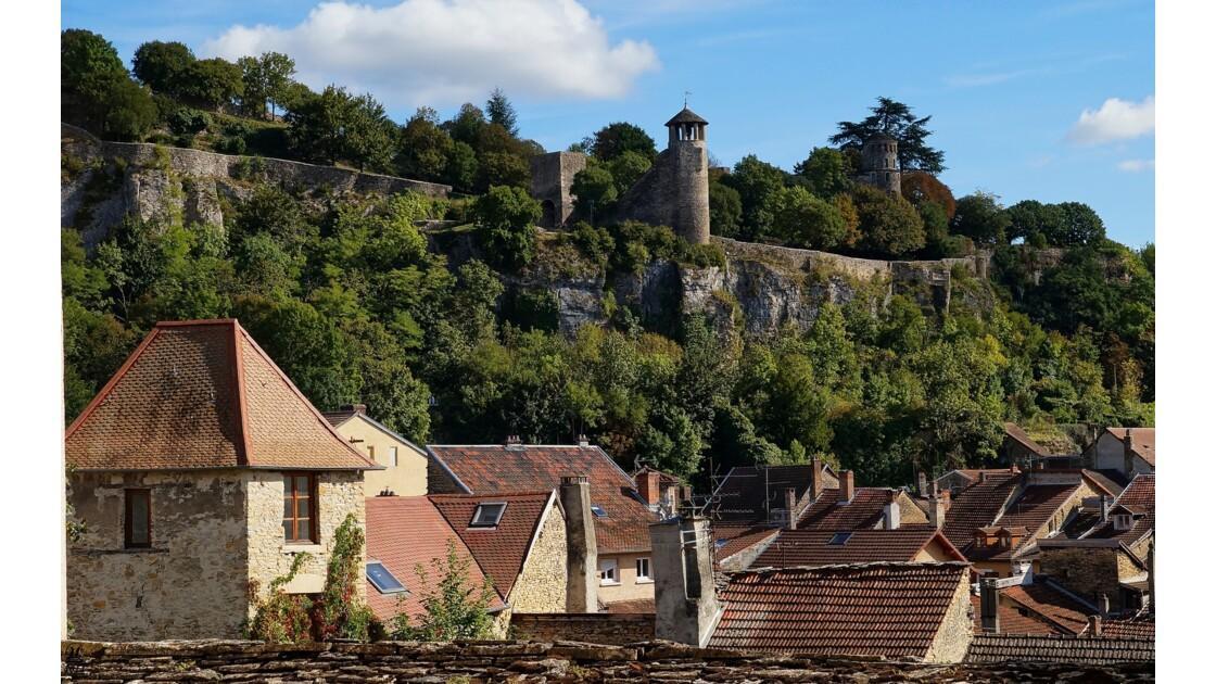 Crémieu 38 colline St Hippolyte
