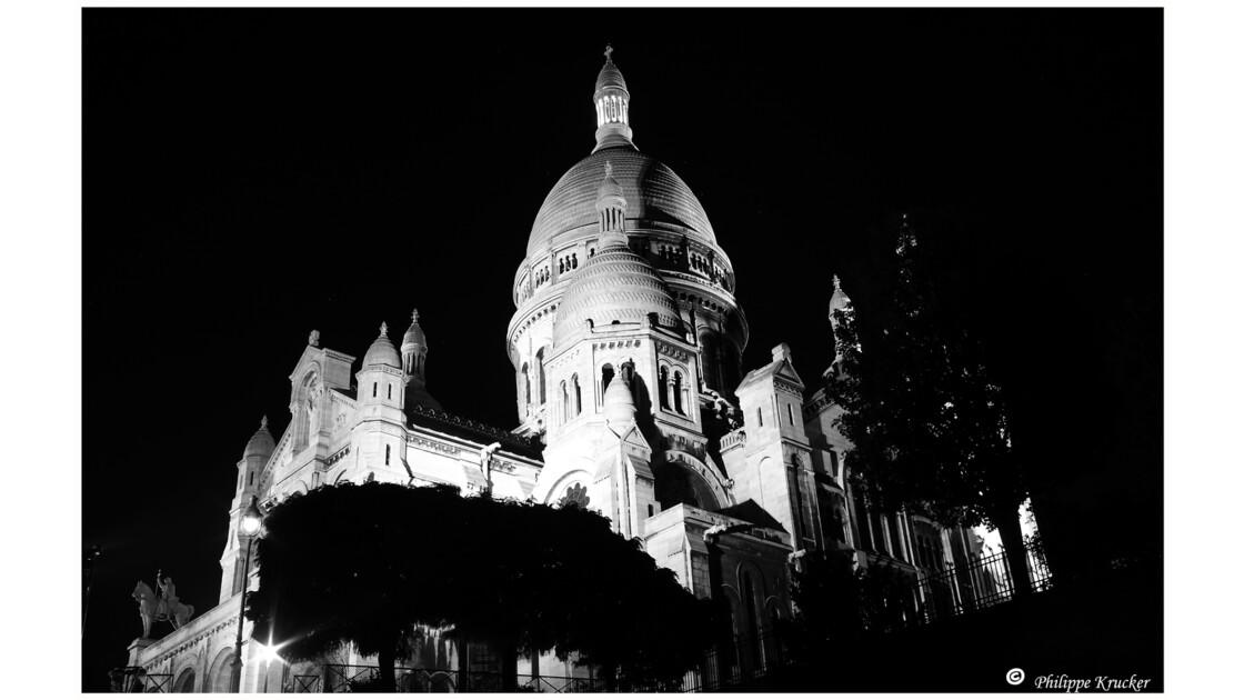 PARIS MONTMARTRE 9345