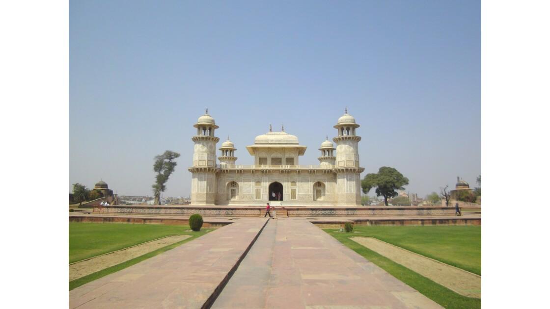 Baby Taj Mahal