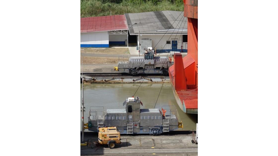 Panama Miraflores les locomotives 1