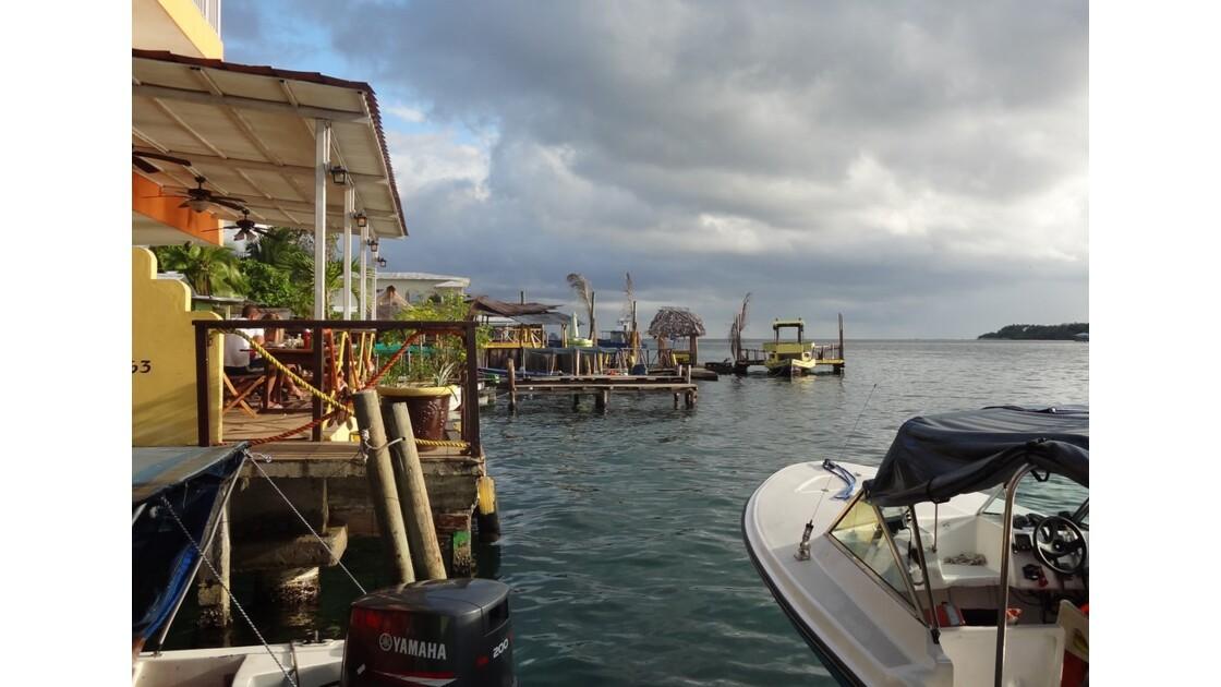 Panama Bocas Del Toro le port 2