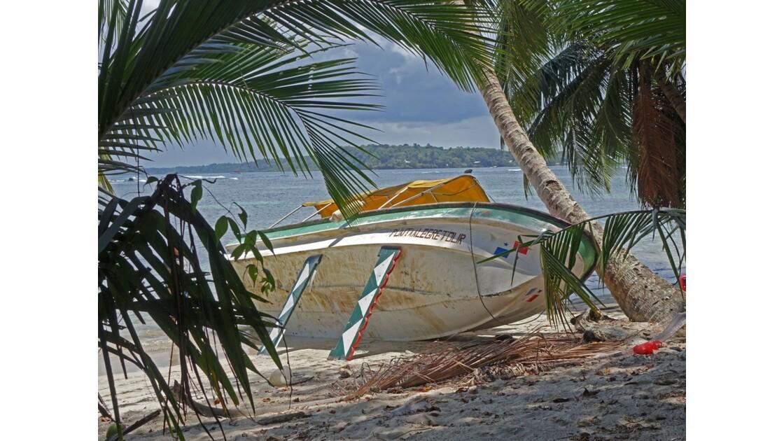 Panama Isla Carenero Playa Bucaneros 14