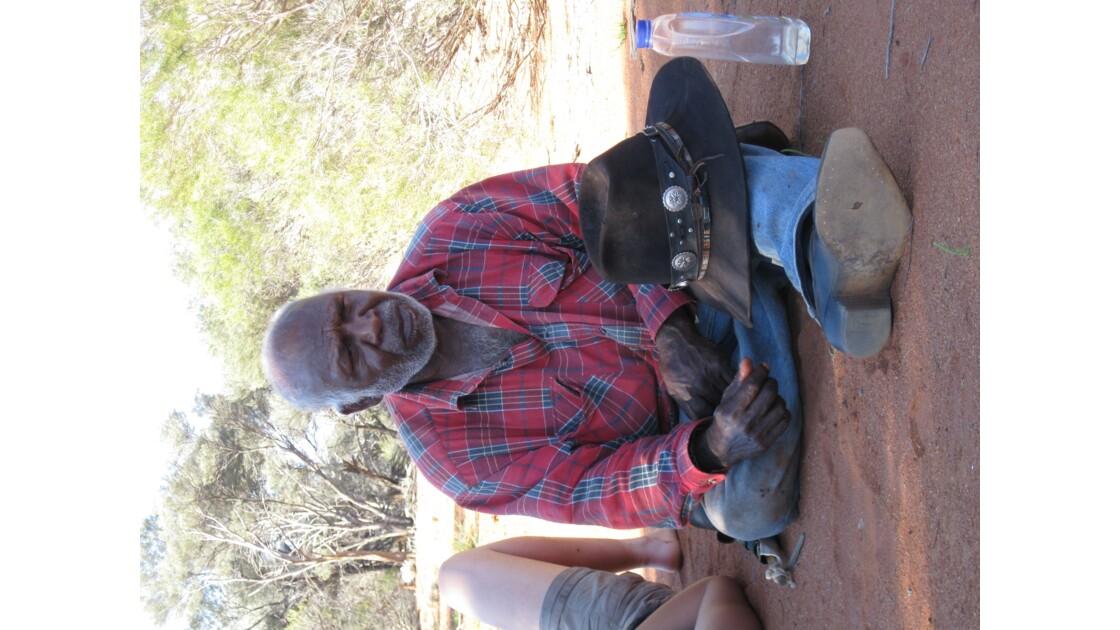 Marche de 10 semaines, 1 200 km, dans le bush.