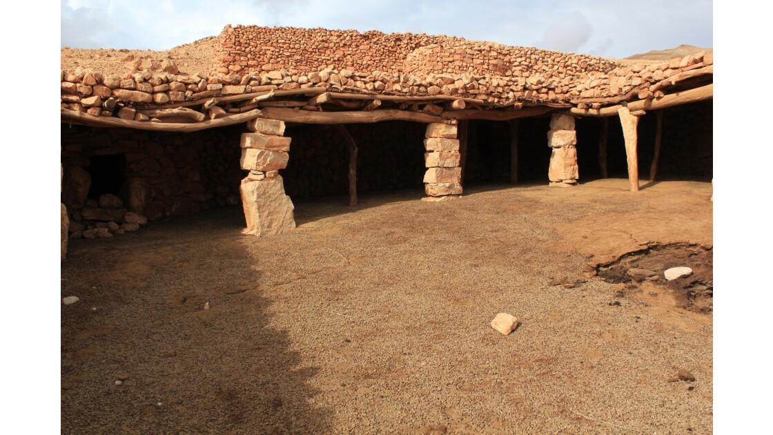 Un abri de berger dans le Haut-Atlas :chaque soir les troupeaux