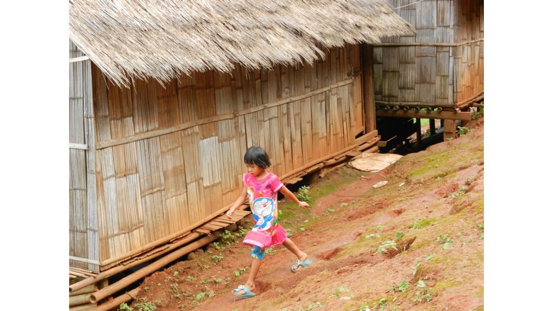 Fille de village Lahu