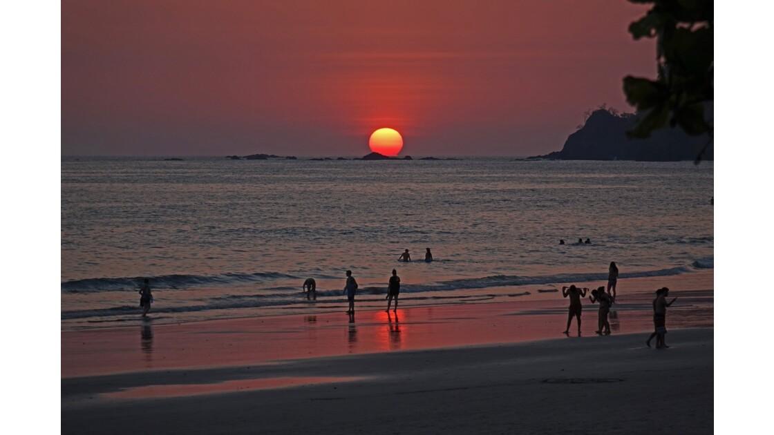 Costa Rica Manuel Antonio Soirée sur playa Espadilla North 7