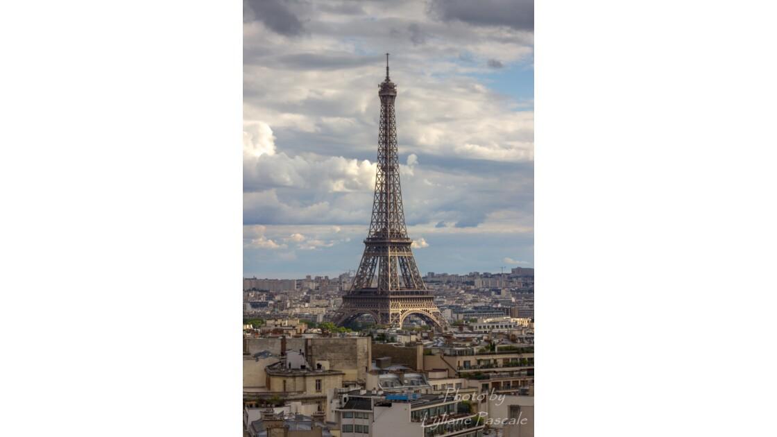 Tour Eiffel sous les feux de la rampe