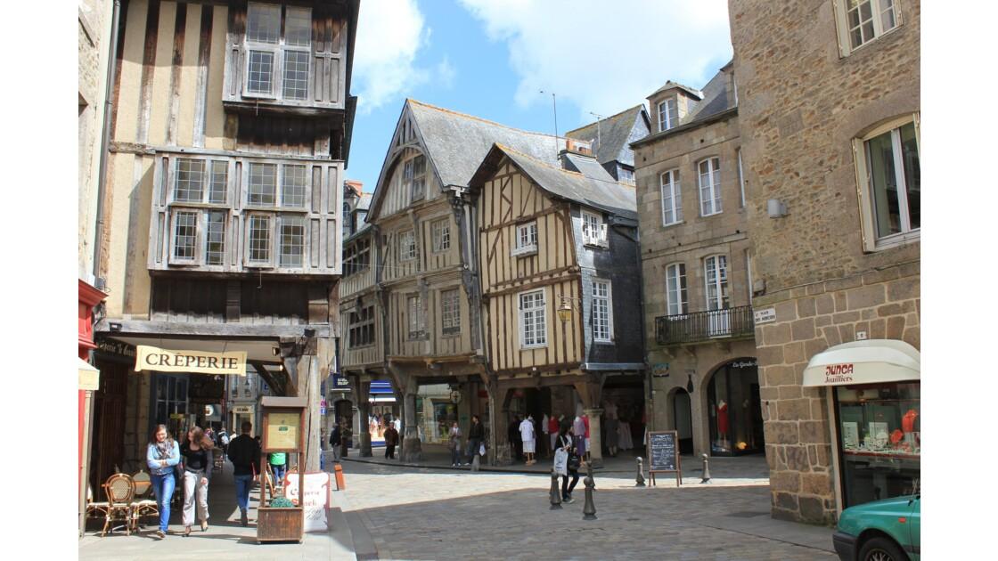 Bretagne : Dinan , c'est au coeur de la vieille ville que l'on peut voir les plus