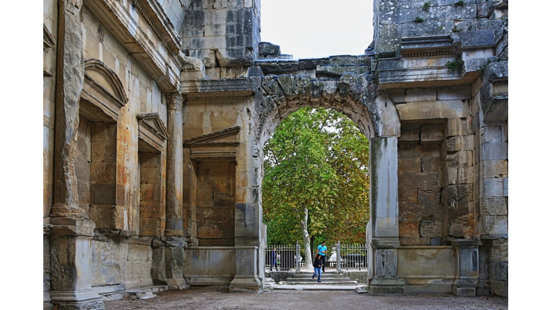 Nîmes, Jardins de La Fontaine