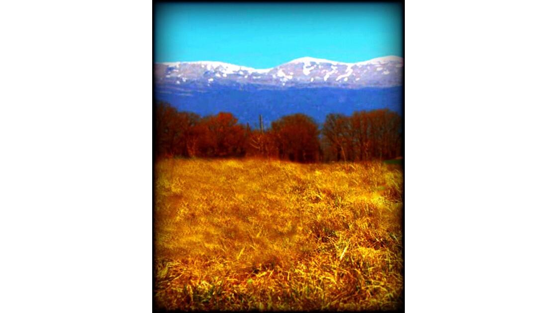 Montagnes du Jura  à l'automne