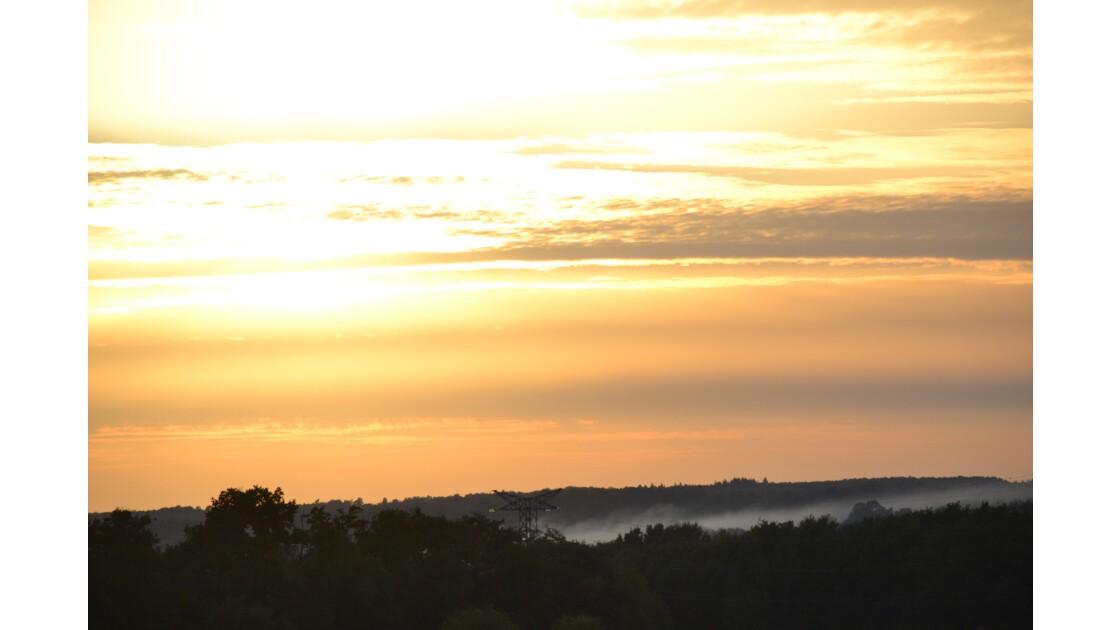 Une coulée de brume