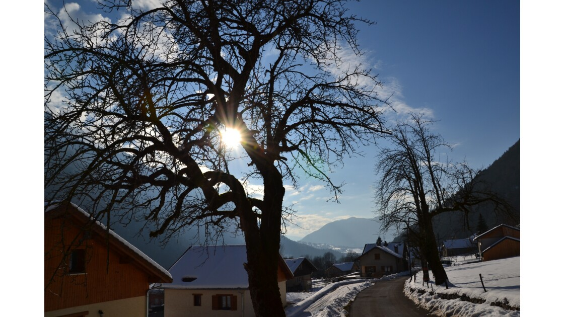 Entre soleil et montagnes